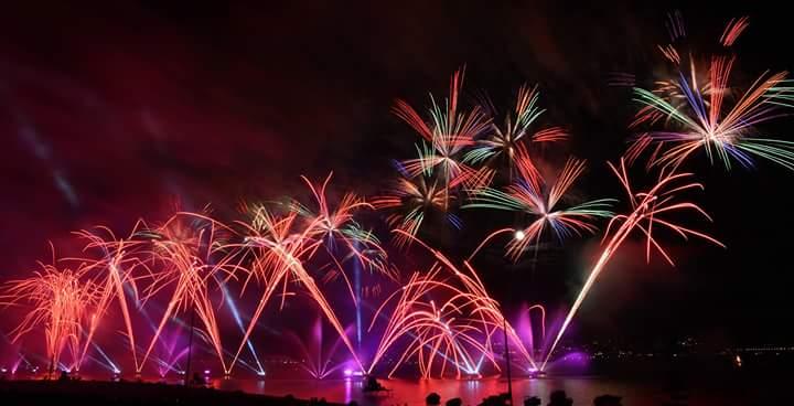 Annecy feu d'artifice fête du lac
